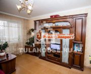 Продается 5 комнатная квартира по улице Галкина, д.21